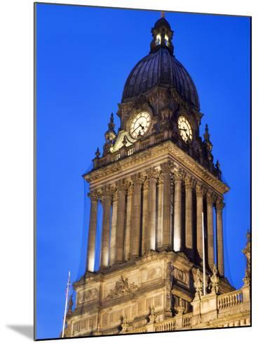 Leeds Town Hall at Dusk, Leeds, West Yorkshire, Yorkshire, England, United Kingdom, Europe-Mark Sunderland-Mounted Photographic Print
