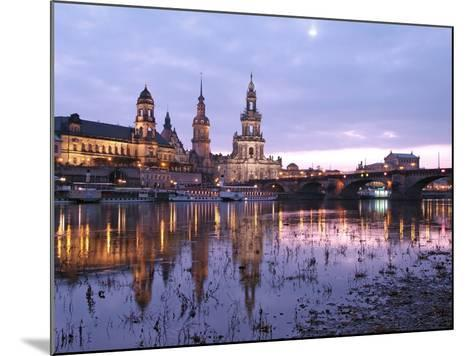 River Elbe, Skyline with Bruhlsche Terrasse, Hofkirche and Semper Opera, Dresden, Saxony, Germany, -Hans Peter Merten-Mounted Photographic Print