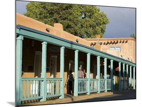 Palace Avenue, Santa Fe, New Mexico, United States of America, North America-Richard Cummins-Mounted Photographic Print