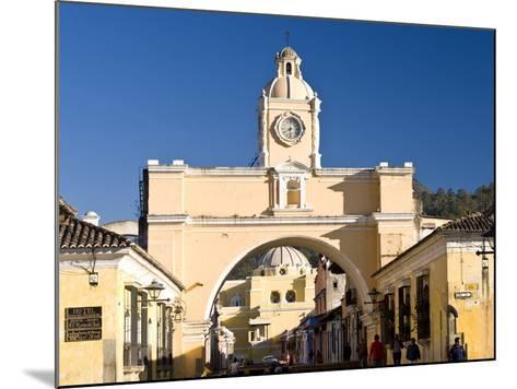 Arch of Santa Catalina, Antigua, UNESCO World Heritage Site, Guatemala, Central America-Ben Pipe-Mounted Photographic Print