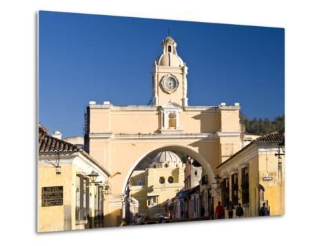 Arch of Santa Catalina, Antigua, UNESCO World Heritage Site, Guatemala, Central America-Ben Pipe-Metal Print