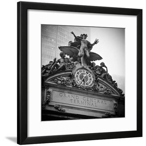 USA, New York City, Manhattan, Midtown, Grand Central Station-Alan Copson-Framed Art Print