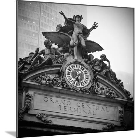 USA, New York City, Manhattan, Midtown, Grand Central Station-Alan Copson-Mounted Photographic Print