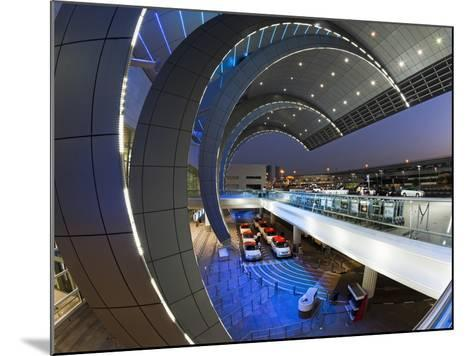 Stylish Modern Architecture of the 2010 Opened Terminal 3 of Dubai International Airport, Dubai, Un-Gavin Hellier-Mounted Photographic Print