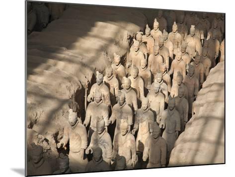 China, Shaanxi, Xi'An, the Terracotta Army Museum, Terracotta Warriors-Jane Sweeney-Mounted Photographic Print