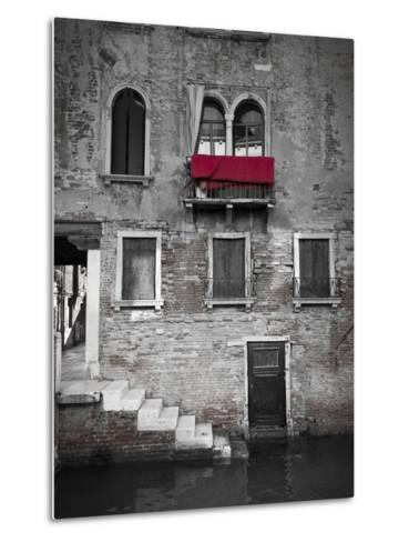 Venetian Building, Venice, Italy-Jon Arnold-Metal Print