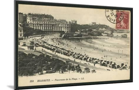 Postcard Depicting the Grande Plage of Biarritz, C.1900 (B/W Photo)-French Photographer-Mounted Giclee Print