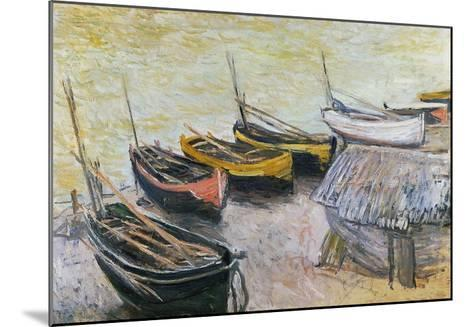 Boats on the Beach, 1883-Claude Monet-Mounted Giclee Print