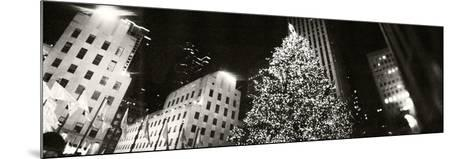 Christmas Tree Lit Up at Night, Rockefeller Center, Manhattan, New York City, New York State, USA--Mounted Photographic Print