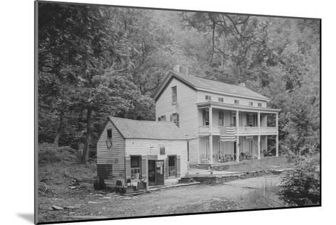 Rip Van Winkle House, Sleepy Hollow, Catskill Mountains, N.Y.--Mounted Art Print