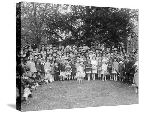 Easter Egg Rolling Children Pose on the White House Lawn--Stretched Canvas Print