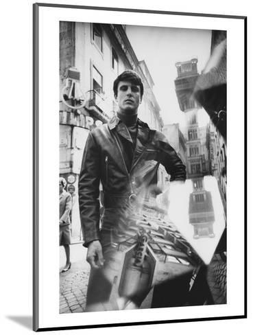 GQ - October 1968-Leonard Nones-Mounted Premium Photographic Print