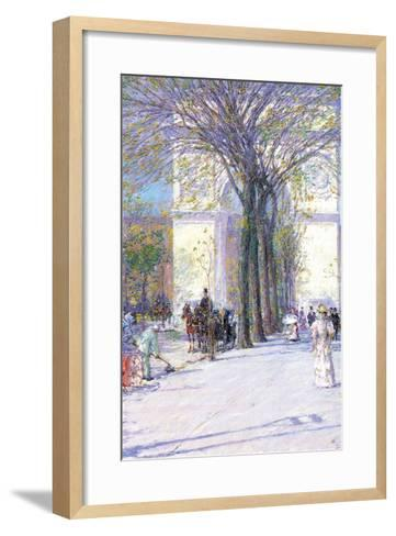 Washington Triumphal Arch in Spring-Childe Hassam-Framed Art Print