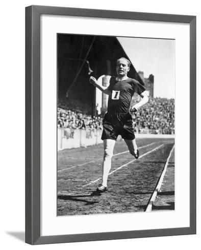 Paavo Nurmi (1897-1973)--Framed Art Print