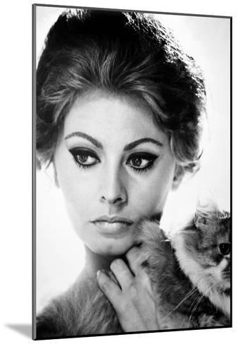 Sophia Loren (1934-)--Mounted Giclee Print