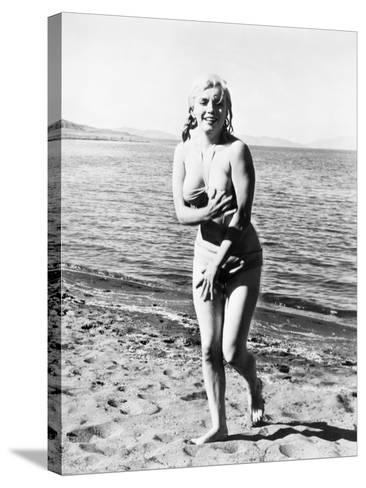 Marilyn Monroe (1926-1962)--Stretched Canvas Print