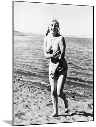 Marilyn Monroe (1926-1962)--Mounted Giclee Print