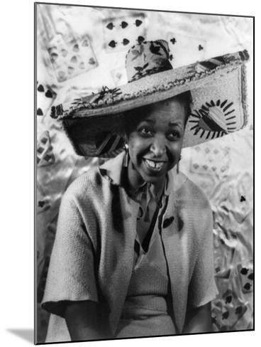 Ethel Waters (1896-1977)-Carl Van Vechten-Mounted Giclee Print