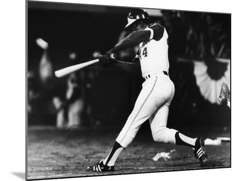 Hank Aaron (1934-)--Mounted Giclee Print