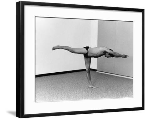 Quincy Jones - 1976-Moneta Sleet Jr.-Framed Art Print