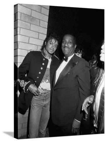 Michael Jackson; John H. Johnson - 1983-Isaac Sutton-Stretched Canvas Print