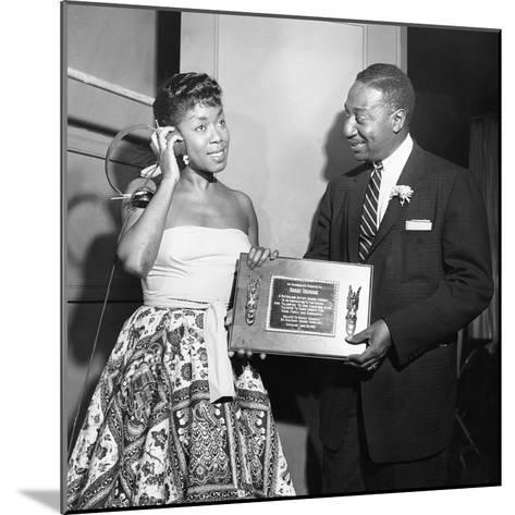 Sarah Vaughan Receives Honor - Chicago 1955-Isaac Sutton-Mounted Photographic Print