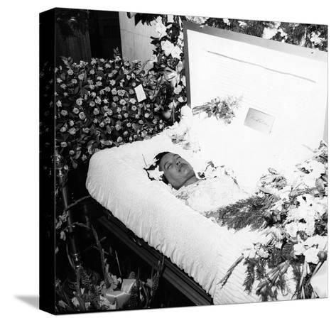 Billie Holliday Funeral - 1959-Moneta Sleet Jr.-Stretched Canvas Print