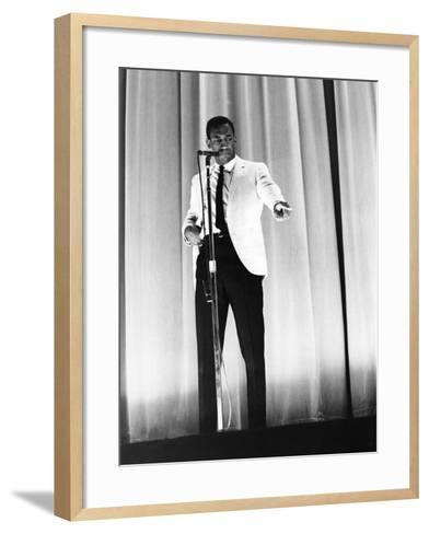 Bill Cosby-Moneta Sleet Jr.-Framed Art Print