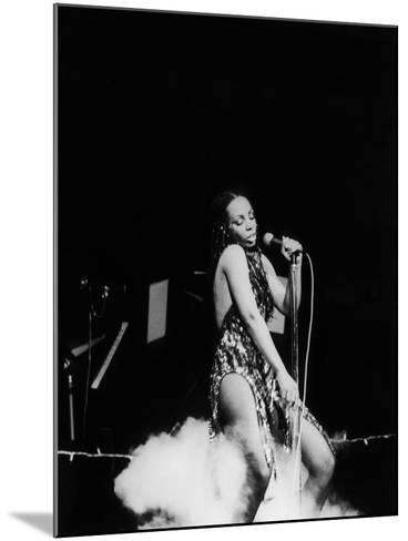 Donna Summers - 1980-Michael Cheers-Mounted Photographic Print