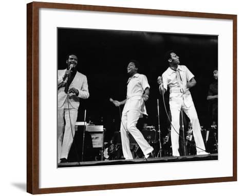 Four Tops - 1970-Moneta Sleet Jr.-Framed Art Print