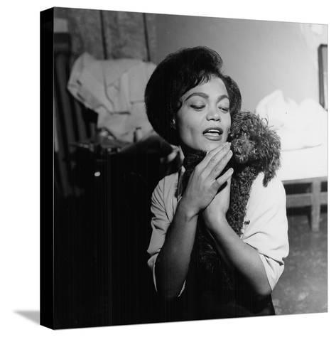 Eartha Kitt - 1959-William Lanier-Stretched Canvas Print