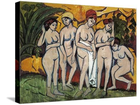 Woman Bathing, 1911-Ernst Ludwig Kirchner-Stretched Canvas Print