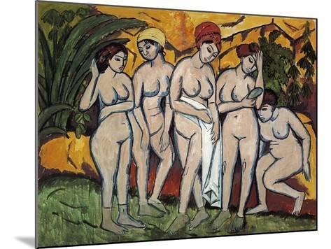 Woman Bathing, 1911-Ernst Ludwig Kirchner-Mounted Giclee Print