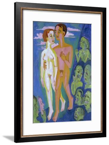 Das Paar Vor Den Menschen-Ernst Ludwig Kirchner-Framed Art Print