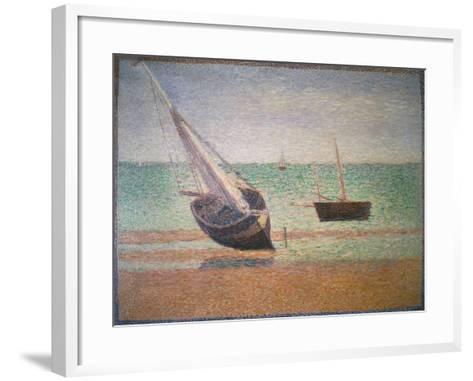 Boote Bei Ebbe Am Strand Von Grandcamp, 1885-Georges Seurat-Framed Art Print