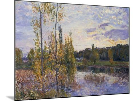 The Lake at Chevreuil, 1888-Alfred Sisley-Mounted Giclee Print