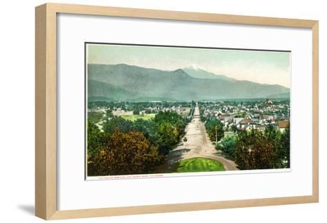 Colorado Springs, Colorado - Panoramic View of Town with Pikes Peak-Lantern Press-Framed Art Print