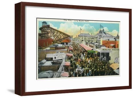Long Beach, California - Crowds Along the Pike-Lantern Press-Framed Art Print