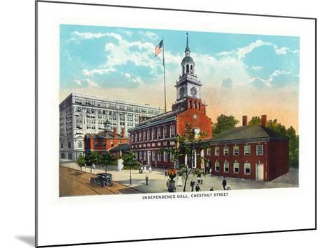 Philadelphia, Pennsylvania - Independence Hall from Chestnut Street-Lantern Press-Mounted Art Print