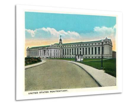 Atlanta, Georgia - US Penitentiary Exterior-Lantern Press-Metal Print