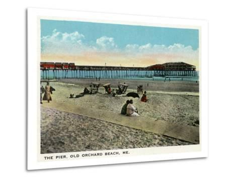 Old Orchard Beach, Maine - View of the Pier-Lantern Press-Metal Print