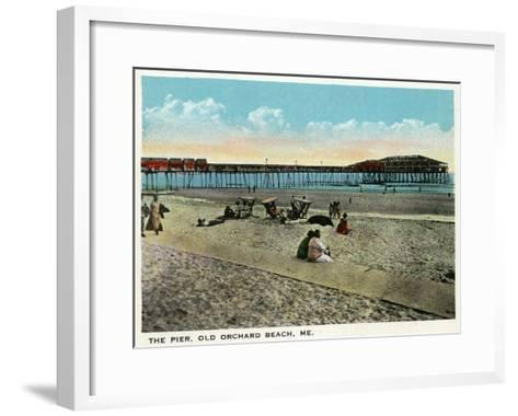 Old Orchard Beach, Maine - View of the Pier-Lantern Press-Framed Art Print