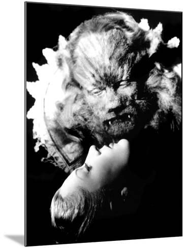 Beauty and the Beast, (aka 'Belle Et La B?te, La'), Josette Day, Jean Marais, 1946--Mounted Photo
