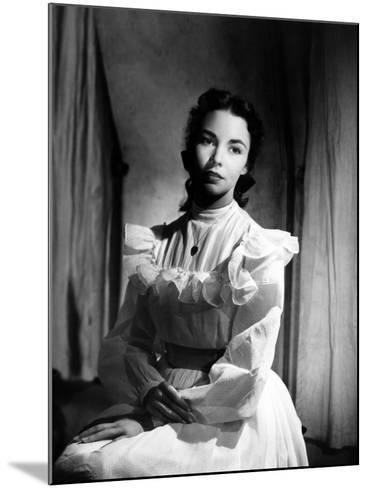 Portrait of Jennie, Jennifer Jones, 1948--Mounted Photo
