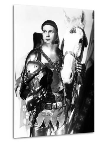 Henry V, Laurence Olivier, 1944, with Horse--Metal Print