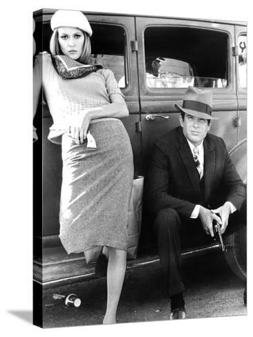 Bonnie and Clyde, Faye Dunaway, Warren Beatty, 1967--Stretched Canvas Print