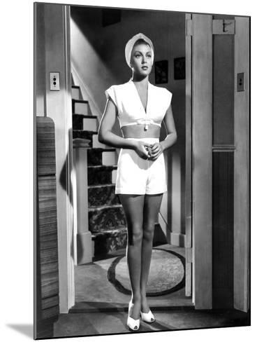 The Postman Always Rings Twice, Lana Turner, 1946--Mounted Photo