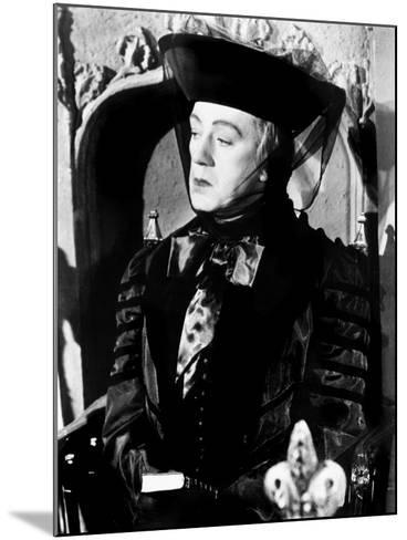Kind Hearts and Coronets, Alec Guinness, 1949--Mounted Photo