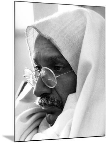 Gandhi, Ben Kingsley, (As Gandhi), 1982--Mounted Photo