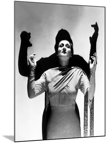 Dracula's Daughter, Gloria Holden, 1936--Mounted Photo